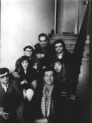Andrea Tamburi con Mariateresa Di Lascia, Massimo Lensi, Mario Cocozza, Leonardo Moriani, Caterina Caravaggi, Gaetano Dentamaro, dopo l'espulsione a seguito della manifestazione per la Jugoslavia nella Cee allo stadio di Spalato, marzo 1988.